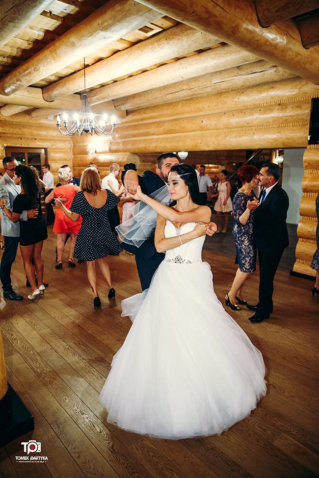 reportaż ślubny połaniec, zakątek świętokrzyski, grzybów, sesja plenerowa rzeszów, kolbuszowa, fotograf ślubny tomekpartyka (153)