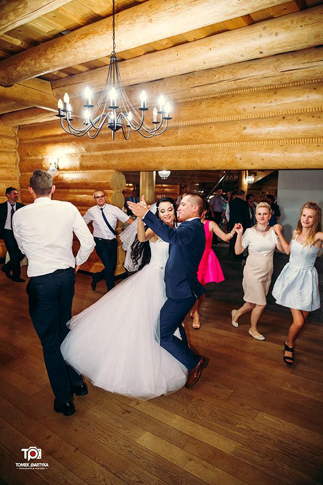 reportaż ślubny połaniec, zakątek świętokrzyski, grzybów, sesja plenerowa rzeszów, kolbuszowa, fotograf ślubny tomekpartyka (172)