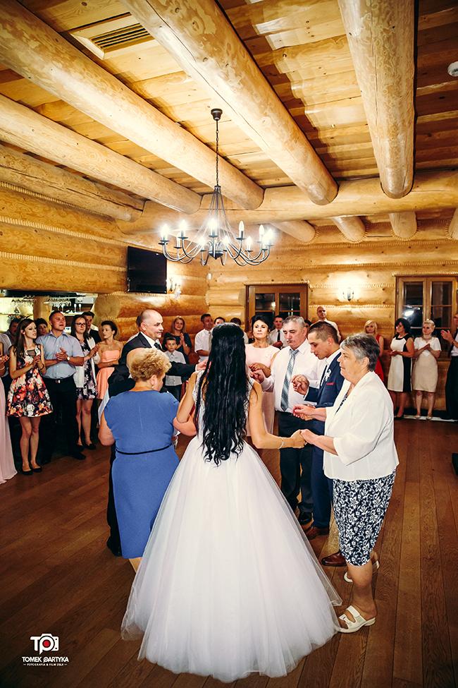 reportaż ślubny połaniec, zakątek świętokrzyski, grzybów, sesja plenerowa rzeszów, kolbuszowa, fotograf ślubny tomekpartyka (207)
